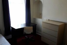 3 rooms available at 43 Henrietta Street