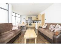 2 bedroom flat in Nagpal House, Aldgate East, E1