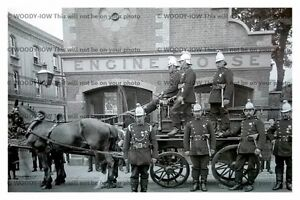 rp13731 - Guildford Fire Engine & Engine House - photo 6x4