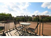 2 BED GATED RIVERSIDE APARTMENT WITH PARKING AVAILABLE NOW E14 CANARY WHARF ISLE OF DOGS JETTY COURT