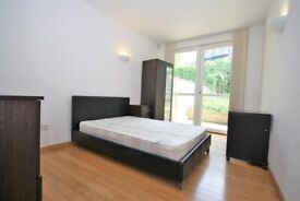 STUDENTS - AVAILABLE FROM 5TH SEPTEMBER 2020 - 3 BEDROOM 2 BATH-FURNISHED IN E14 ISLE OF DOGS