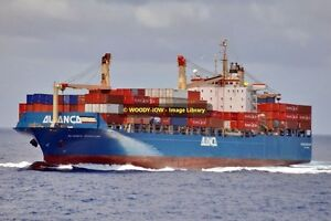 ap1096-Brazilian-Container-Ship-Alianca-Maracana-built-1992-photo-6x4