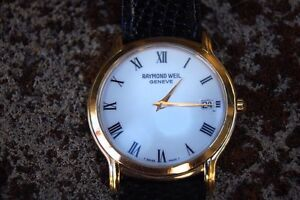 Now FS: gorgeous gold Swiss watch Melbourne CBD Melbourne City Preview