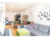 1 bedroom flat in Osborn Street, Brick Lane