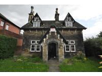 3 bedroom house in 2 Ash Crescent,Headingley, Leeds