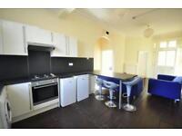 4 bedrooms in Holly Bank, Headingley, Leeds, LS6