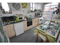 1 bedroom flat in Blenheim Terrace, University, Leeds LS2 9HD