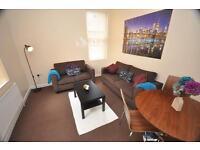 5 bedrooms in Brudenell Road, Hyde Park, Leeds LS6 1EG