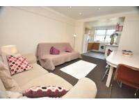 5 bedrooms in Hessle Avenue, Hyde Park, Leeds LS6 1EF