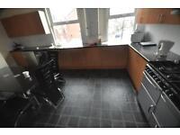 8 bedrooms in Victoria Road, Hyde Park, Leeds LS6 1DU