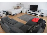BEAUTIFULLY PRESENTED STUDIO IN A PRIME LOCATION - HESTON/HOUNSLOW IDEAL FOR A SINGLE TENANT