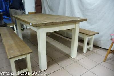 6210. Schöner Tisch Esstisch mit 2 Sitzbänken