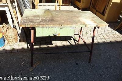 3106. Alter Metall Arbeitstisch Tisch Werkbank