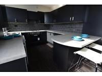 5 bedrooms in Hessle Terrace, Hyde Park, Leeds, LS6 1EQ