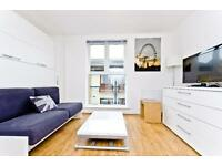 Studio flat in Coldharbour, E14