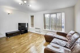 1 bedroom flat in Selby Street, London, E1