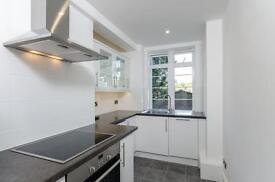 1 bedroom flat in Du Cane Court, Balham, SW17