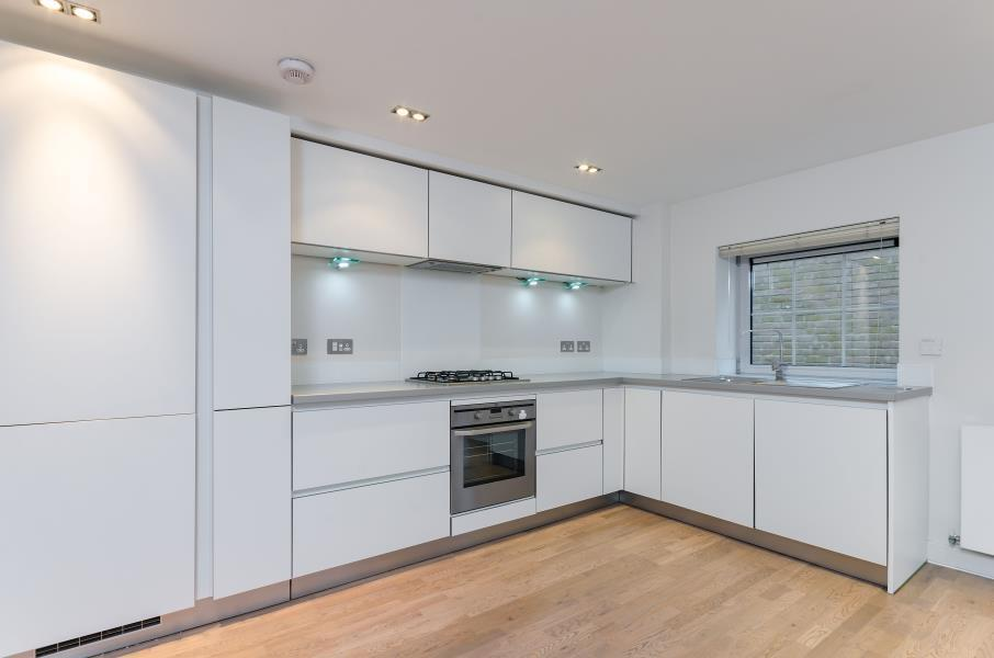 2 bedroom flat in Harmony House Carysfort Road, Greater London, N16