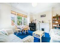 3 bedroom flat in Manchuria Road, London, SW11
