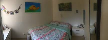 Large furnished room for rent in Manly Vale