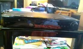 Samsung Blu-ray DVD player with sub