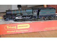 Hornby Dublo train set items