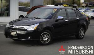 2011 Ford Focus SE! AUTO! AIR! HEATED SEATS! ONLY 31K!