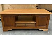 Good quality coffee/occasional table with drawer and storage space either end