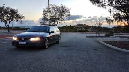 Holden Commodore VZ Lumina LOW KM 2ND BATTERY BACKPACKER