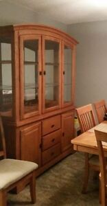 7 PC Dining Room Set plus China Cabinet/Hutch
