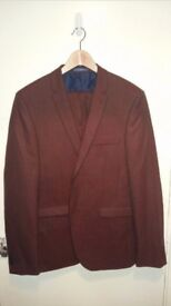 Mens Burton Slim 42L Suit w/ 34R trousers in tan colour (never worn)