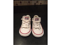 White converse size 8 canvas great condition