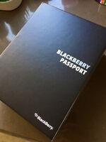 BlackBerry Passport 32GB Black - UNLOCKED W/WIND - EXCLUSIVE!