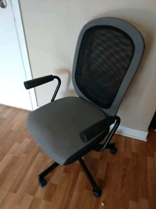 Grey Task Chair – Text 416-400-6479