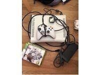 Xbox 360 2008 Console 60gb & 2 games fifa vegas 2