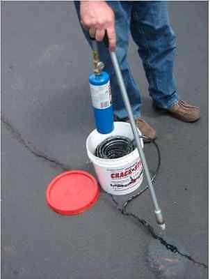250 Ft Black Permanent Asphaltconcrete Drivewayblacktop Crack Filler Repair