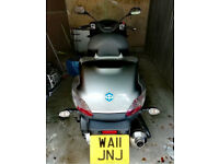 Piaggio MP3 400 LT drive on your car license + extras