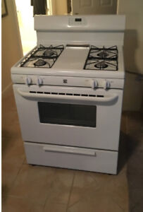 Kemore gas stove good work condition delivery available