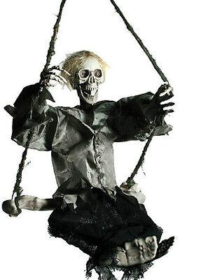 Halloween-Figur, Ghost auf Knochen-Schaukel, Licht&Sound&Bewegung, 70cm