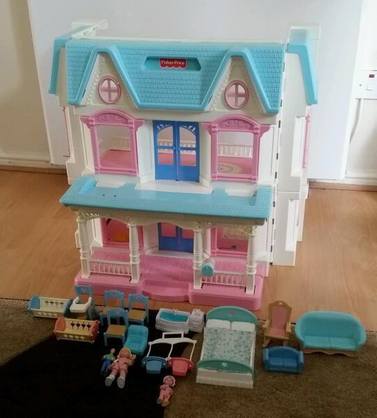 Vintage Toys 1992 Fisher Price Dream Dolls House And Figures
