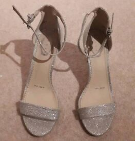 Debut Sparkly Silver Heels - Size 6