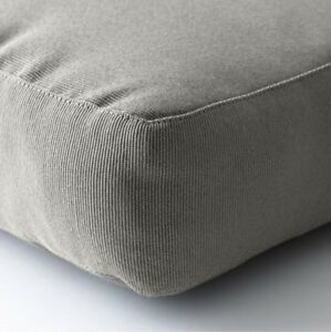 Outdoor Cushions  **NEW** set of 6 ** PENDING PICK UP