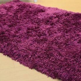 AS NEW ! PURPLE SHAGGY RUG - NO OFFERS