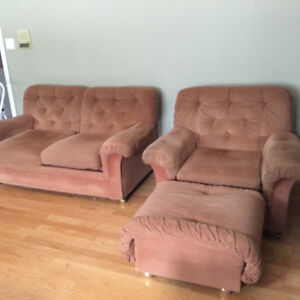4 PIECE TAN SOFA/COUCH SET