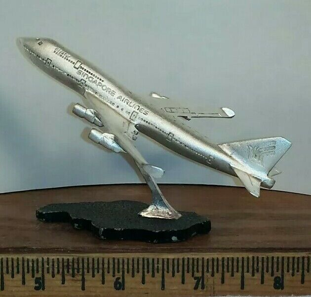 Vintage Singapore Airlines SIA MEGATOP Boeing 747 Pewter Plane with Stand - RARE