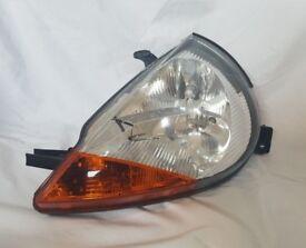 Ford ka headlight (front left)