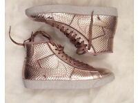 Nike rose gold high tops size 4.5