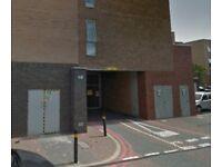 Secure Parking Space in Battersea, SW11, London (SP44215)