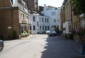 Private secure parking in Mews, Knightsbridge SW1