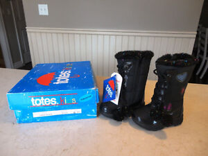 Brand New Totes Kids Black Snow Boots Size 6 Girls. Never Worn. Kitchener / Waterloo Kitchener Area image 2